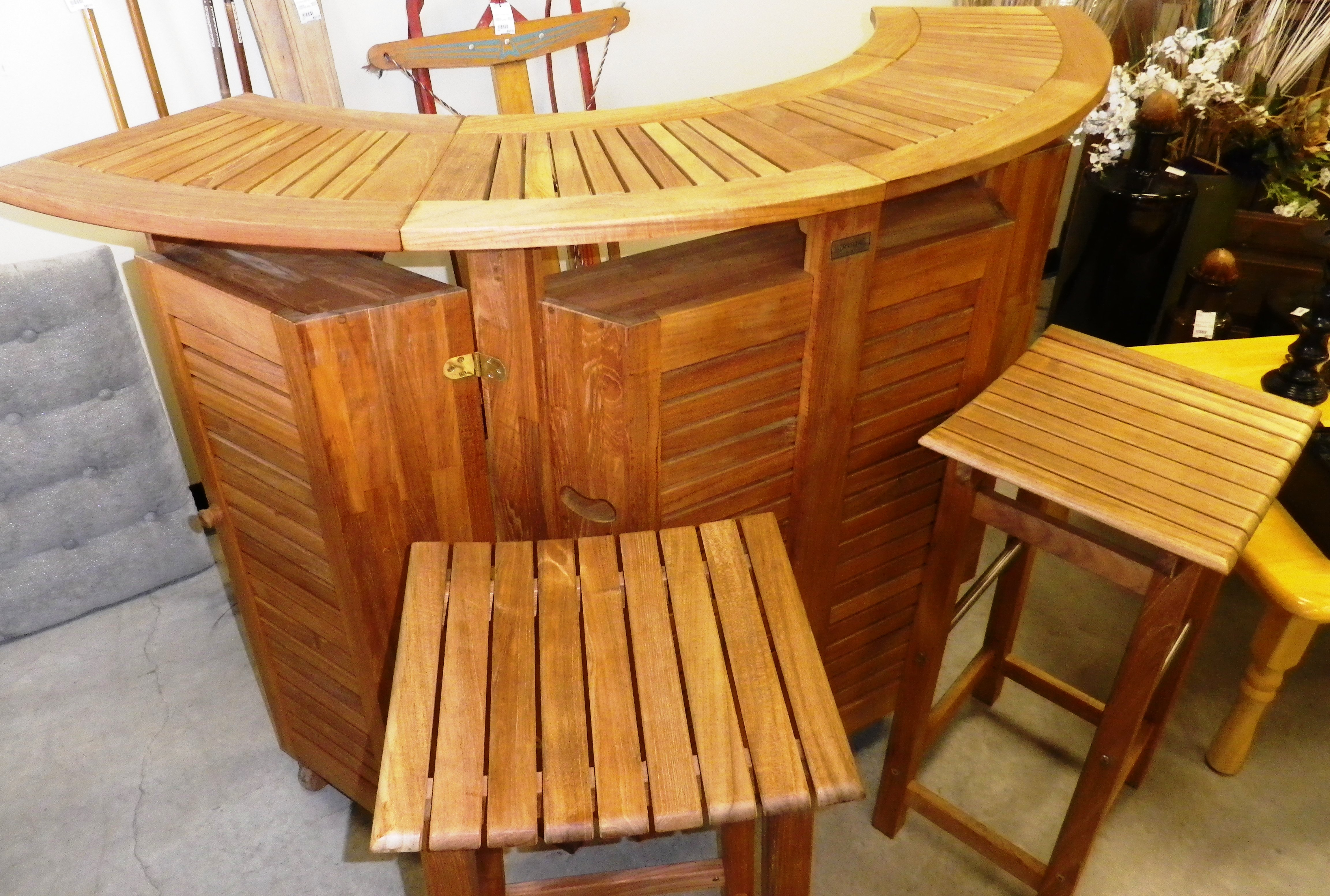 Portable Teak Bar C W 2 Counter Stools Sold