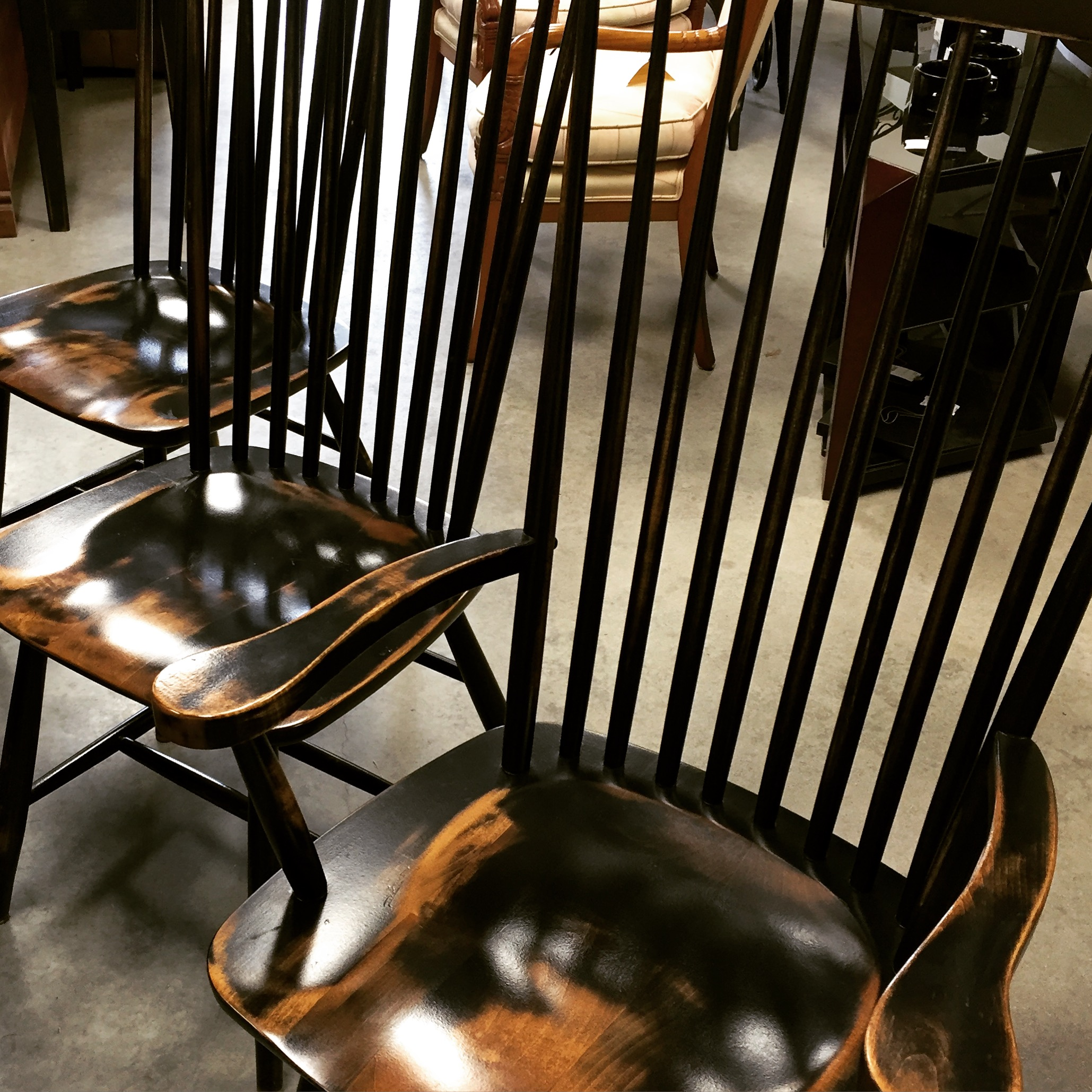 Set of 6 1 Arm Black Distressed High Back Windsor Dining Chairs
