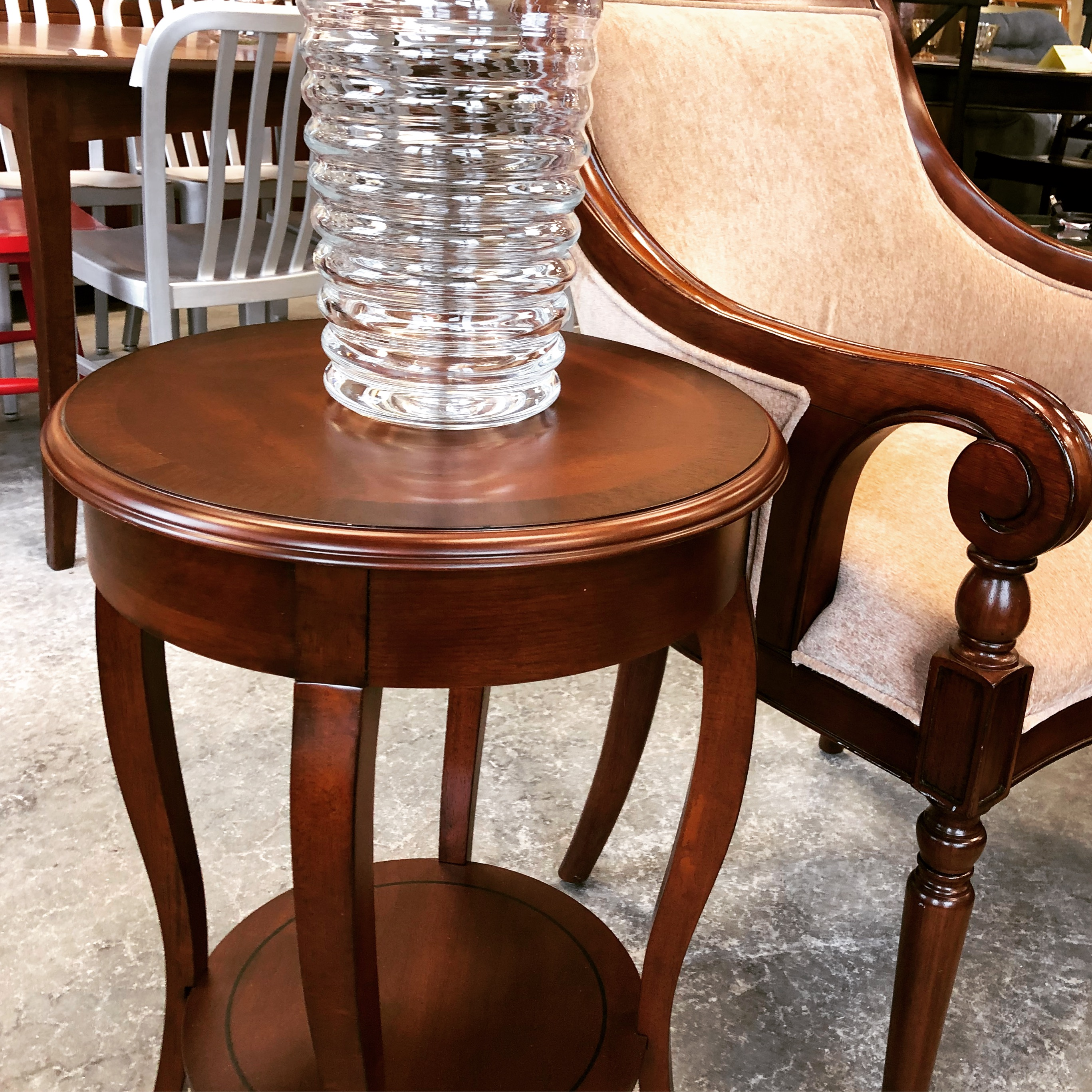 18 Dia X 25 H Ashford Side Table Bombay Co Designsbyconsign